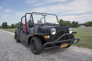 This Vintage Off-Roader is Actually a Mini at Heart