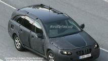 SPY PHOTOS: New Volvo V 70 / XC 70