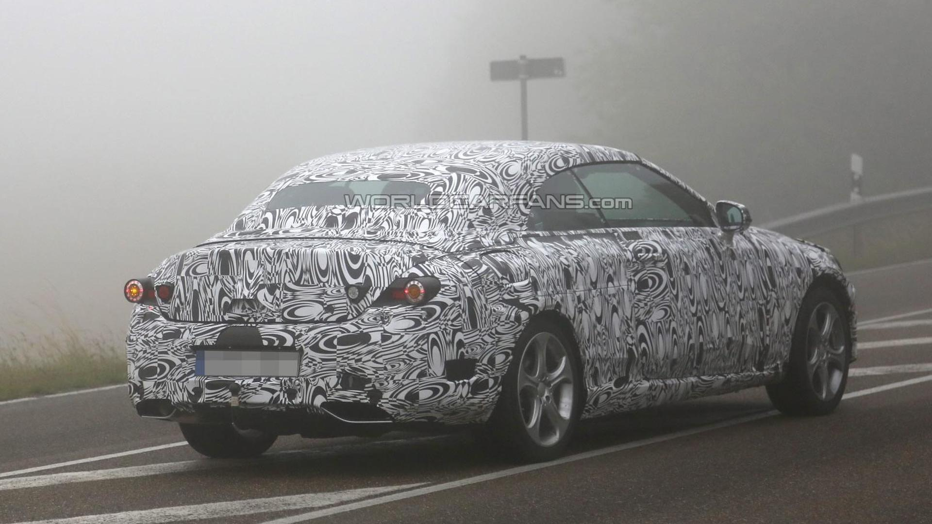 Mercedes-Benz C-Class Cabriolet spied on a foggy day