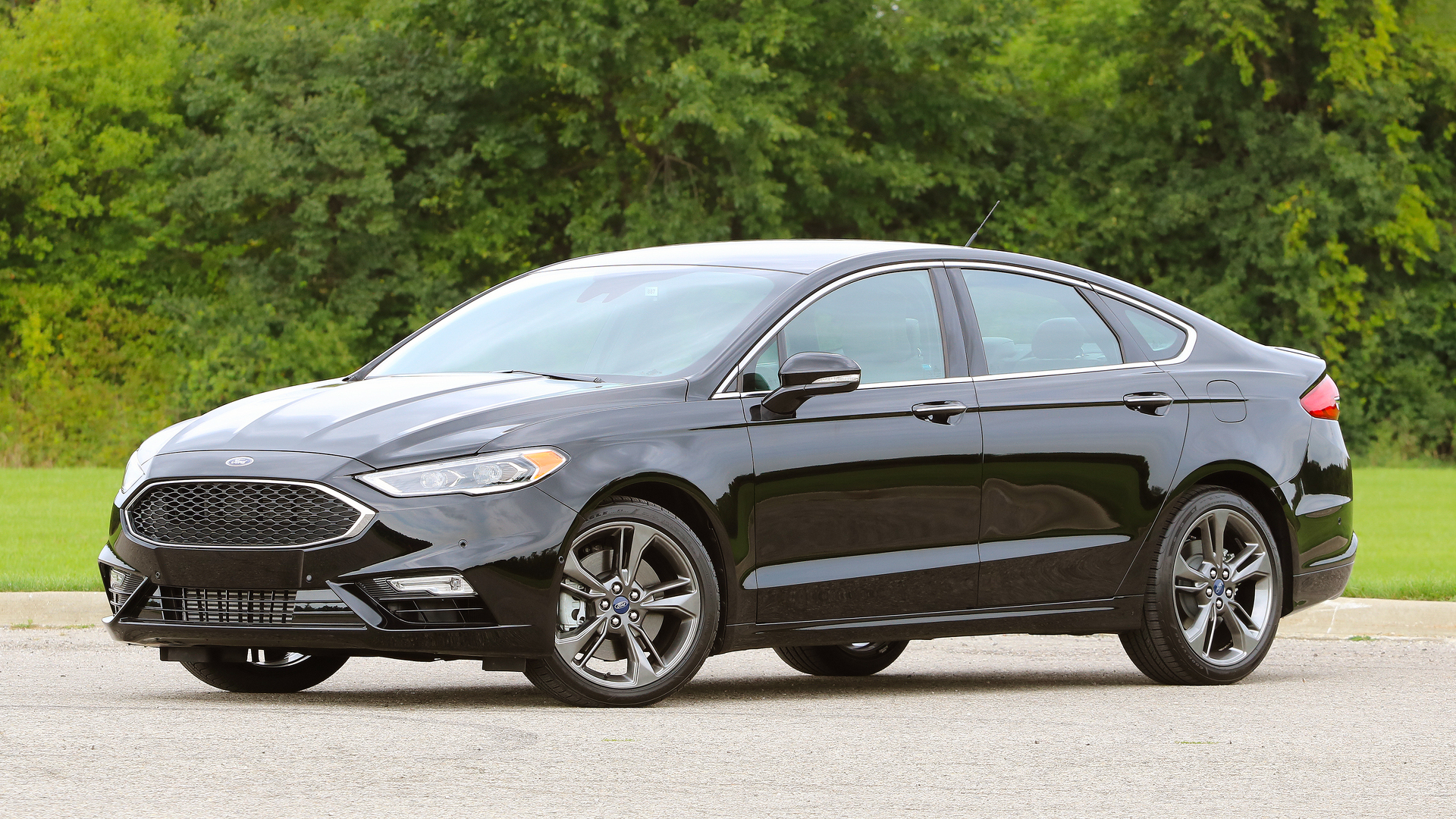 First Drive: 2017 Ford Fusion V6 Sport | Motor1.com