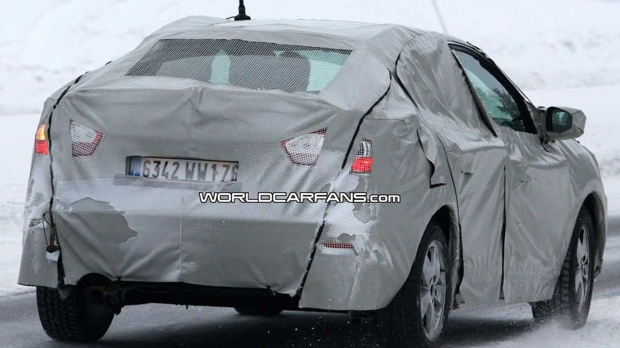 Renault Megane Sedan Spied Winter Testing