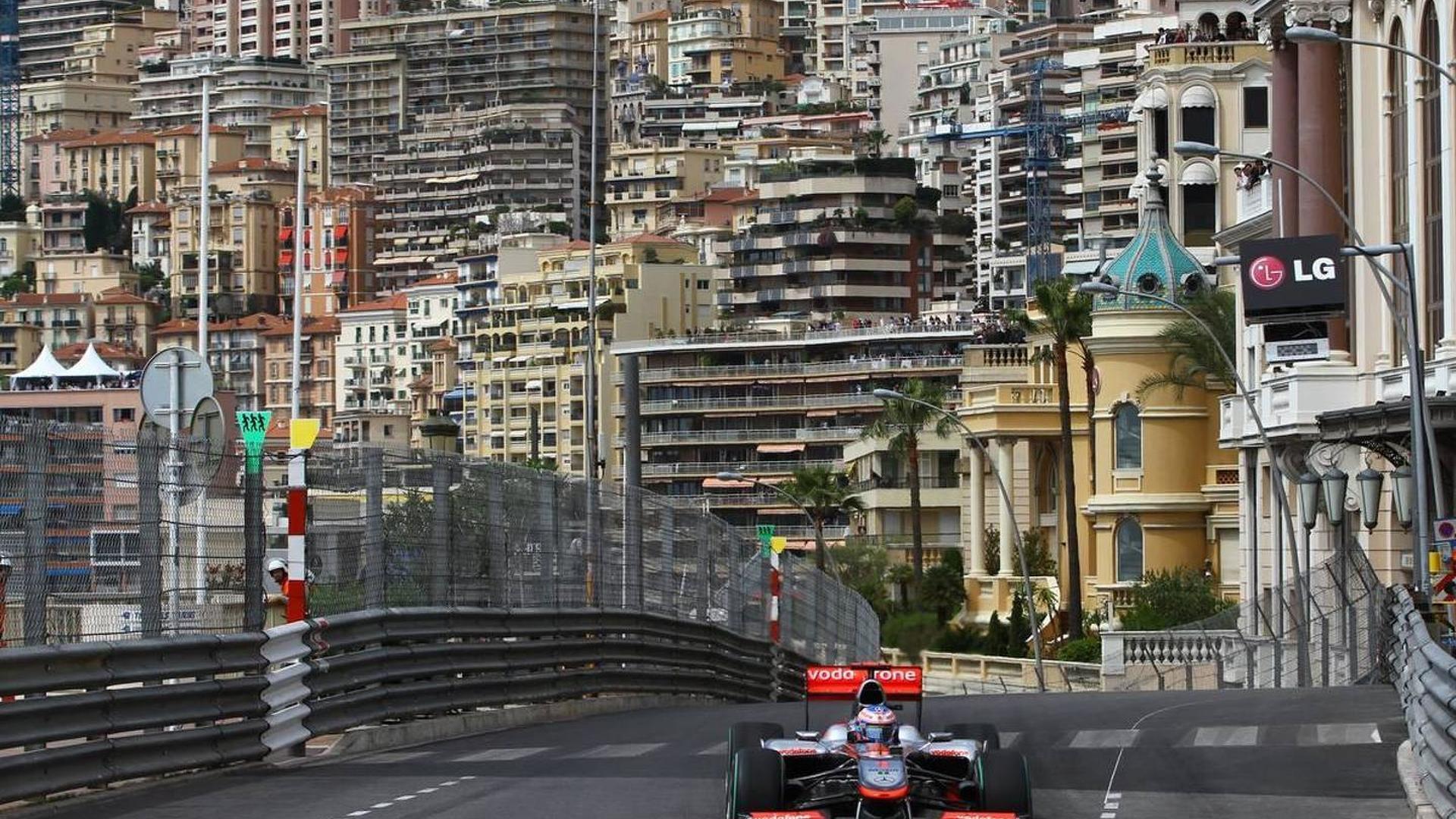 Whitmarsh unhappy with Massa's stewards escape