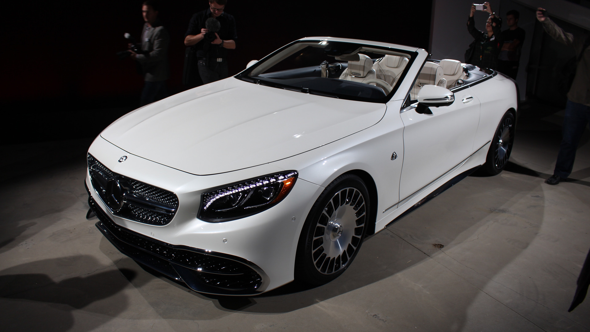 Mercedes maybach handpicking s650 cabriolet buyers in u s for Mercedes benz s650