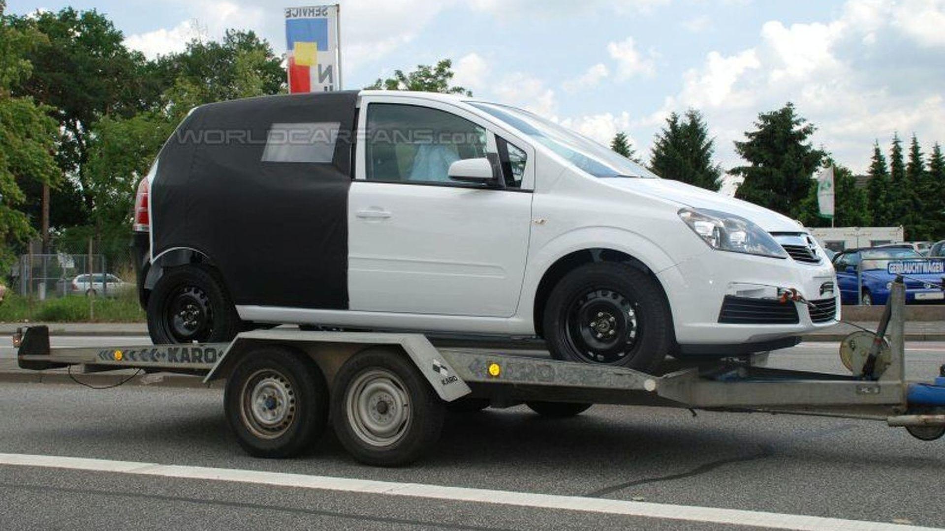 All New Opel Meriva Spied