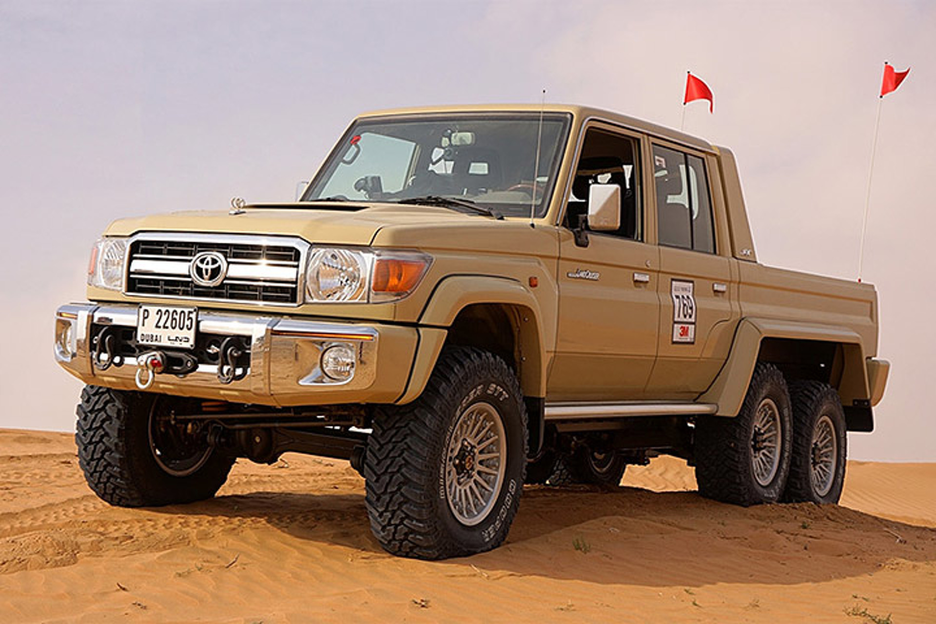this 6x6 toyota land cruiser is a dune crushing monster. Black Bedroom Furniture Sets. Home Design Ideas