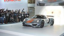 Porsche 918 RSR design process detailed [video]