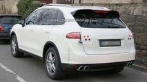 2011 Porsche Cayenne spied nearly undisguised - 04.12.2009