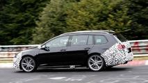 VW Golf R Variant facelift spy photo