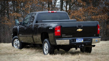 2013 GMC and Chevrolet Bi-Fuel Pickups announced