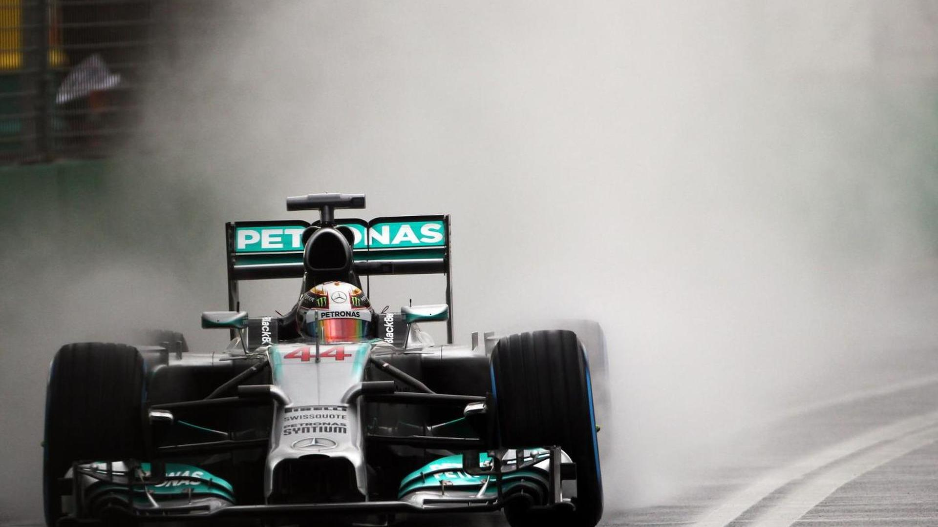 Mercedes breached fuel flow rules in Melbourne - report