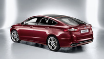 2013 Ford Mondeo hatchback and wagon variants revealed