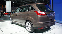 Ford Grand C-MAX live at Paris Motor Show