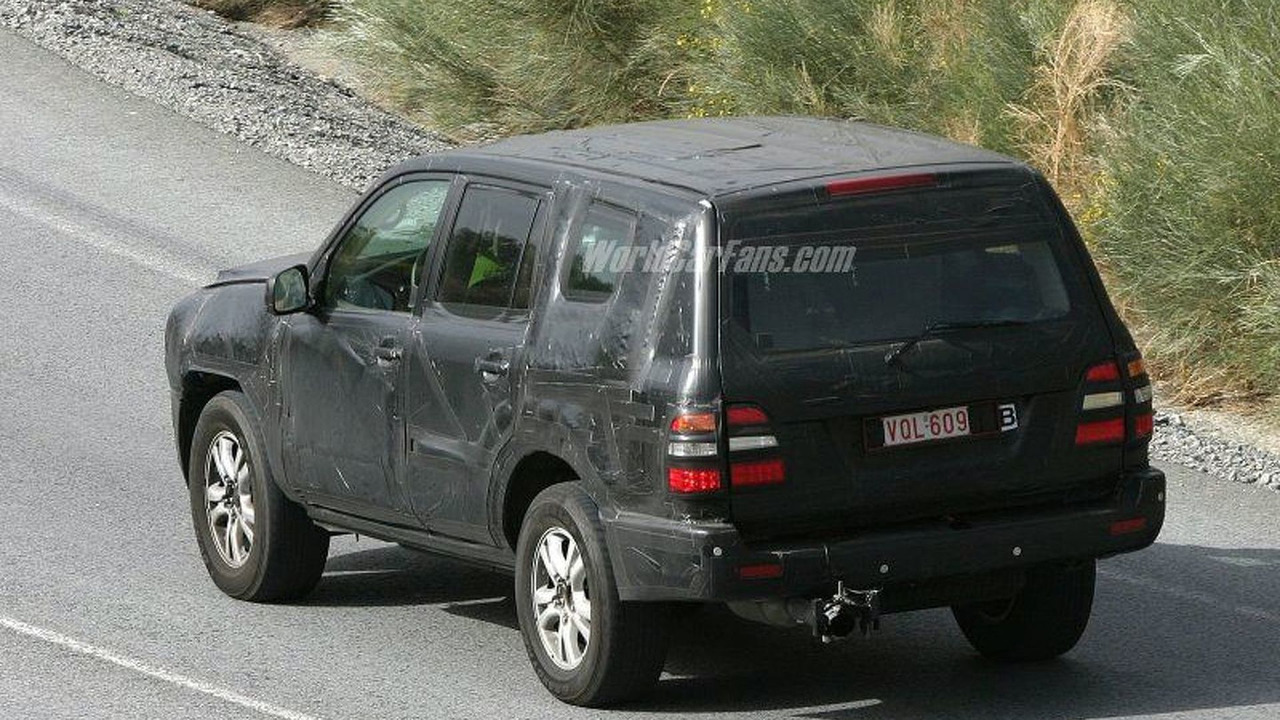 SPY PHOTOS: New Toyota Landcruiser