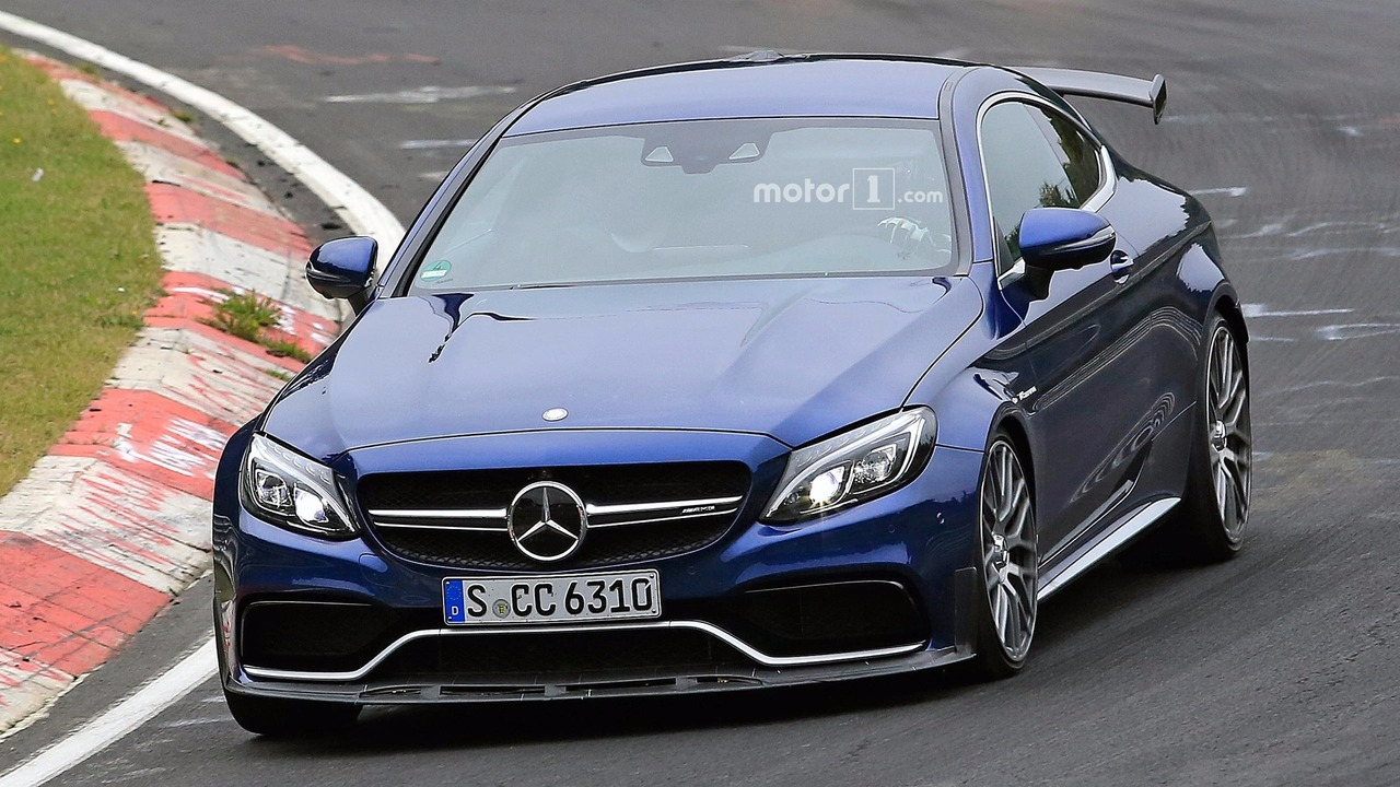 mercedes amg c63 r coupe spy shots. Black Bedroom Furniture Sets. Home Design Ideas