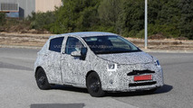 2014 Toyota Yaris Facelift spy photo