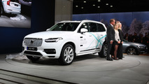 Volvo introduces self-driving tech to its first customers