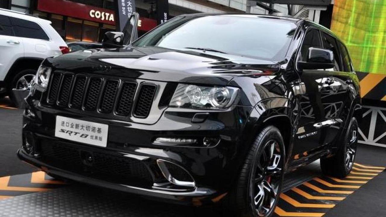 Jeep Grand Cherokee SRT8 Hyun Black Edition 27.12.2012