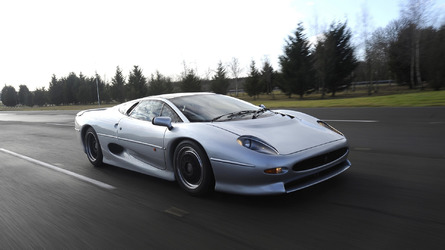 Retired Jaguar XJ220 Re-tired Thanks To Bridgestone