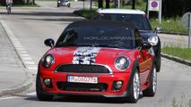 2012 MINI JCW Roadster spy photo - 30.6.2011