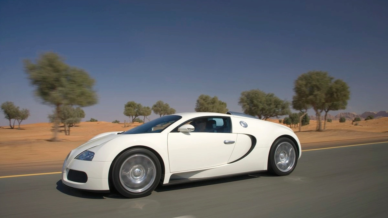 rent a bugatti veyron for 16 500 gbp a day. Black Bedroom Furniture Sets. Home Design Ideas