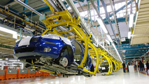 Fiat planning joint Chrysler plant in Italy - product details emerge