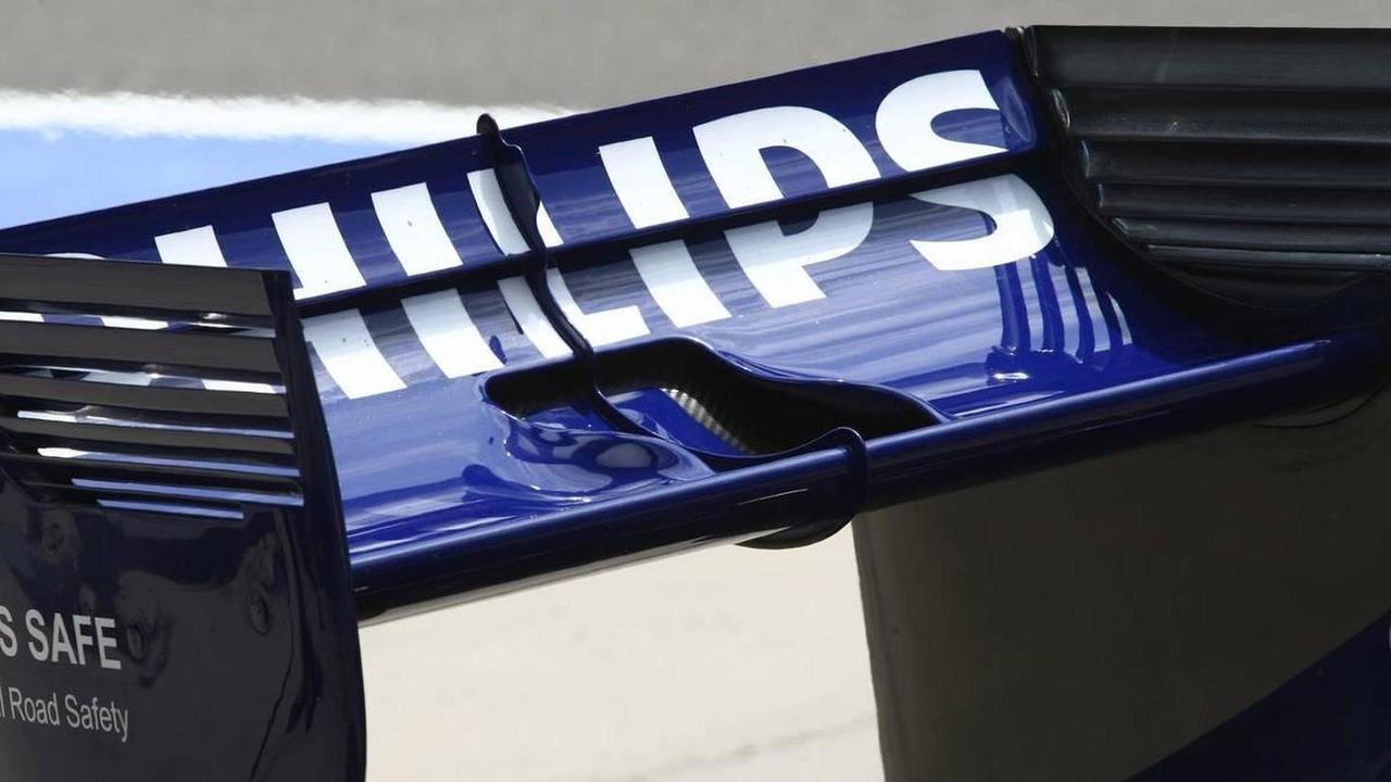 Nico Hulkenberg (GER), Williams F1 Team rear wing - Formula 1 World Championship, Rd 4, Chinese Grand Prix, 17.04.2010 Shanghai, China