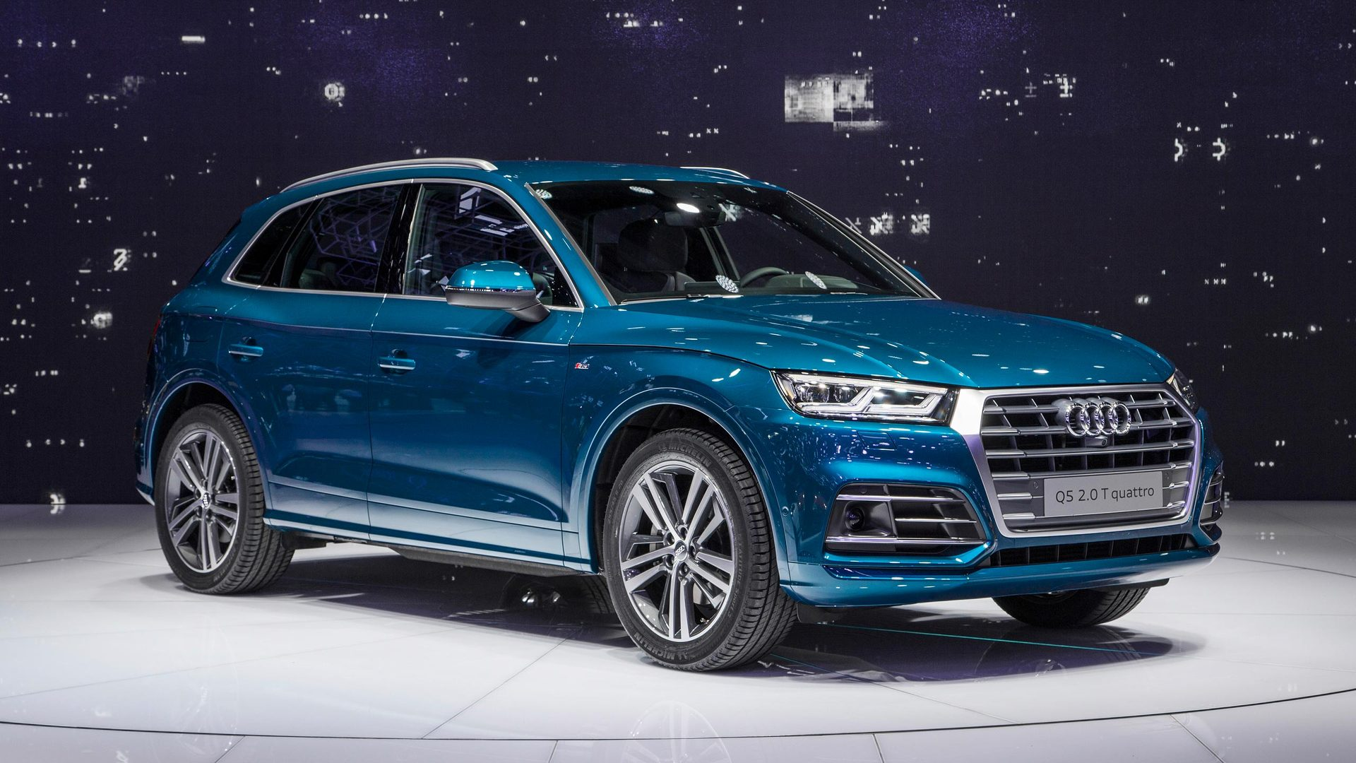 2017 Audi Q5 Blue 200 Interior And Exterior Images