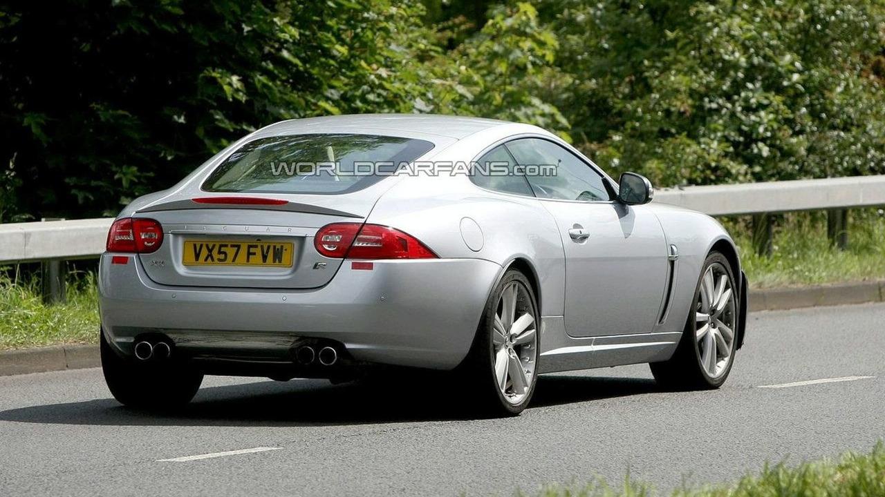 Jaguar XK-R Facelift Spy Photos