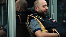 F1 'not centre of universe' - Lopez
