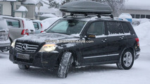 Mercedes GLK sporting LEDs on Side Mirrors