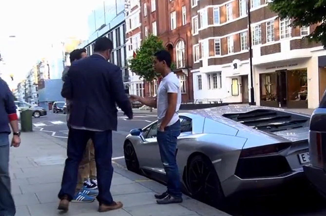Aventador Sold Right On The Street [video]