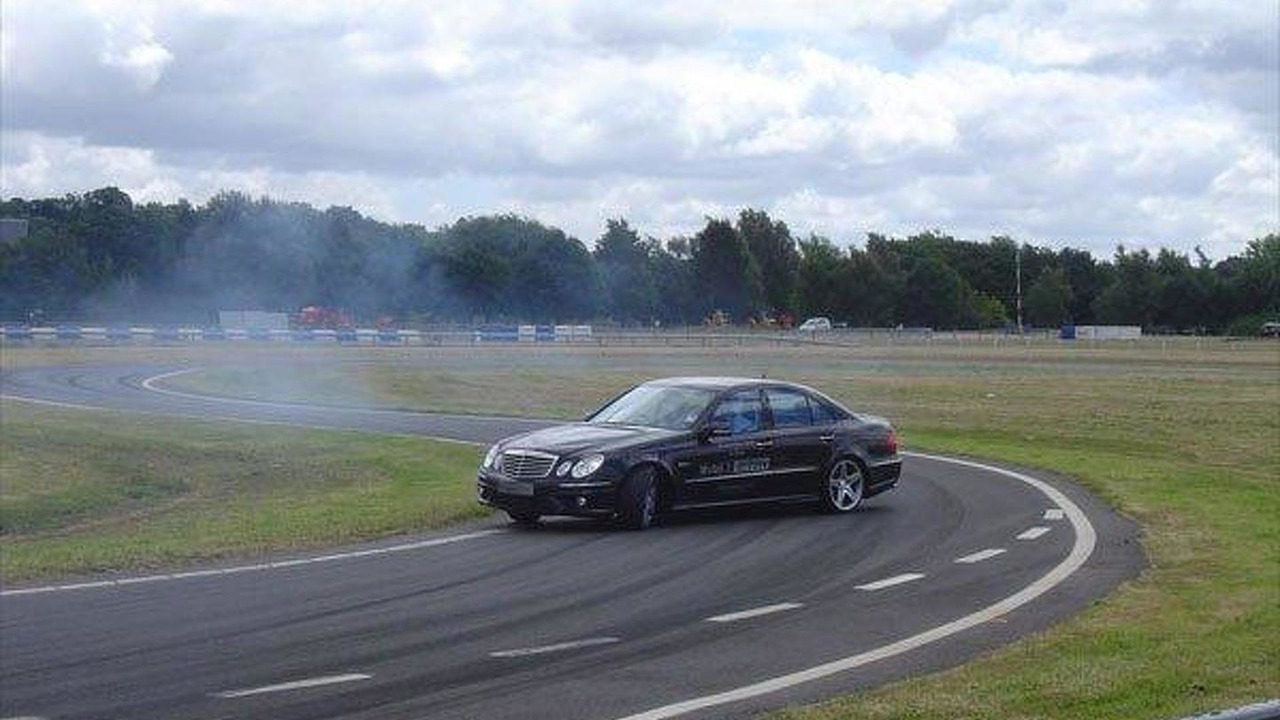 Mauro Calo drifting in E63 AMG 15.06.2011