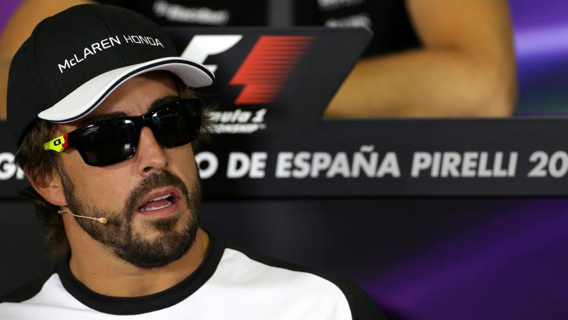 Alonso hits back after 'dark and moody' jibe
