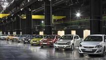 11 generations of Opel compact models