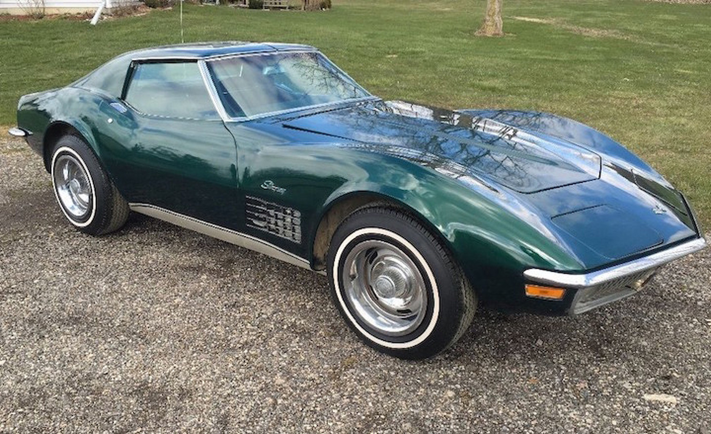This 1971 Chevrolet Corvette Barn Find is Clean, Green, and On Ebay