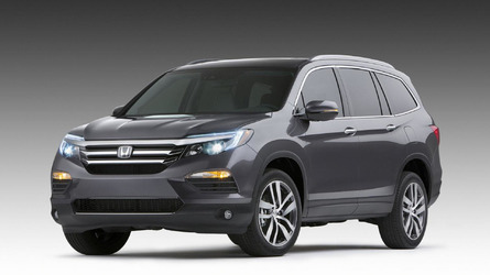 2016 Honda Pilot bows in Chicago with a 3.5-liter V6