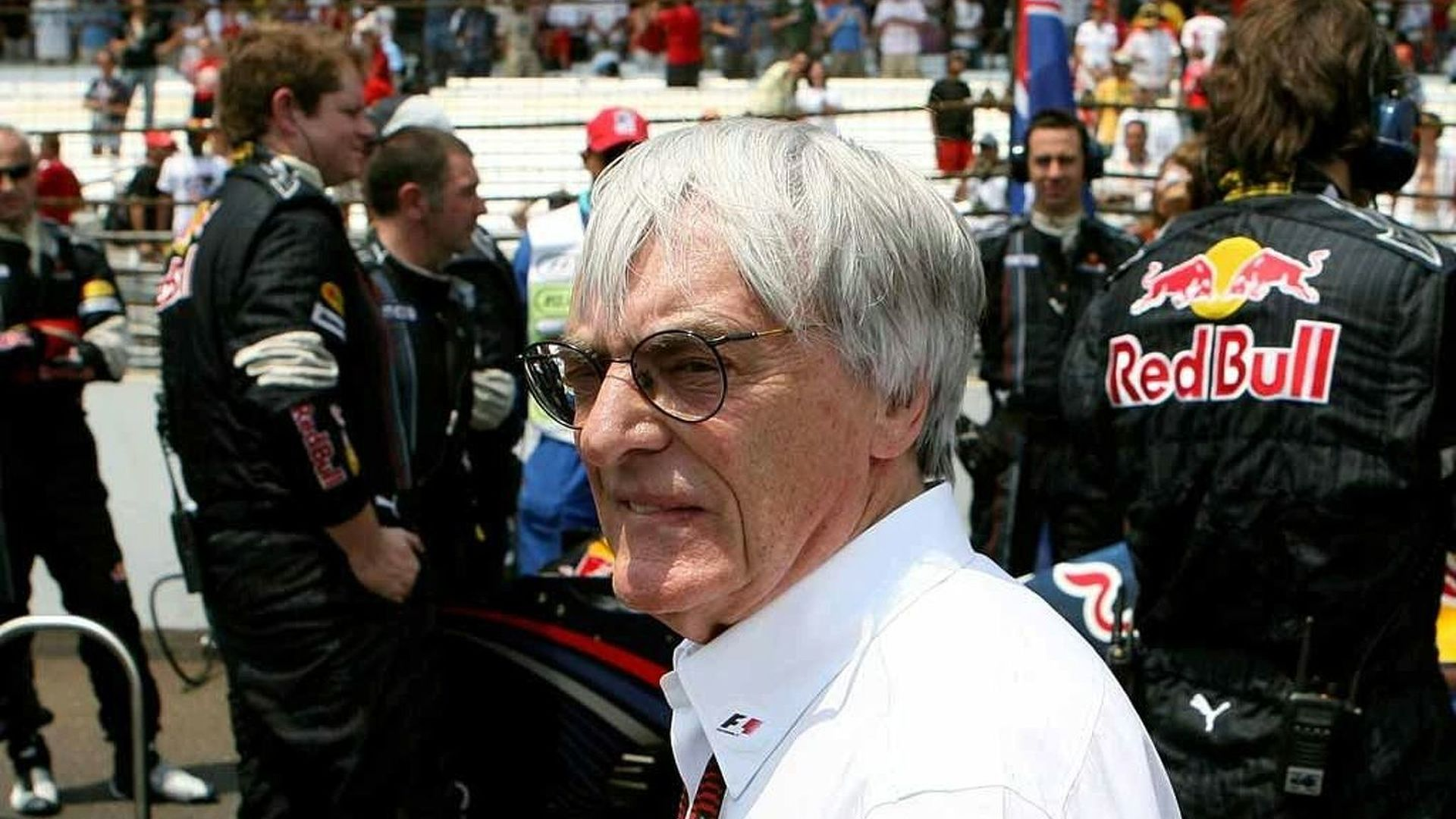 Ecclestone calls for 'patience' amid crisis