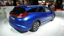 Honda Civic Tourer (Euro-spec) at 2014 Paris Motor Show