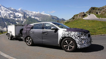 Next-gen Kia Sorento spy photo