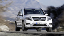 2013 Mercedes GLK facelift revealed