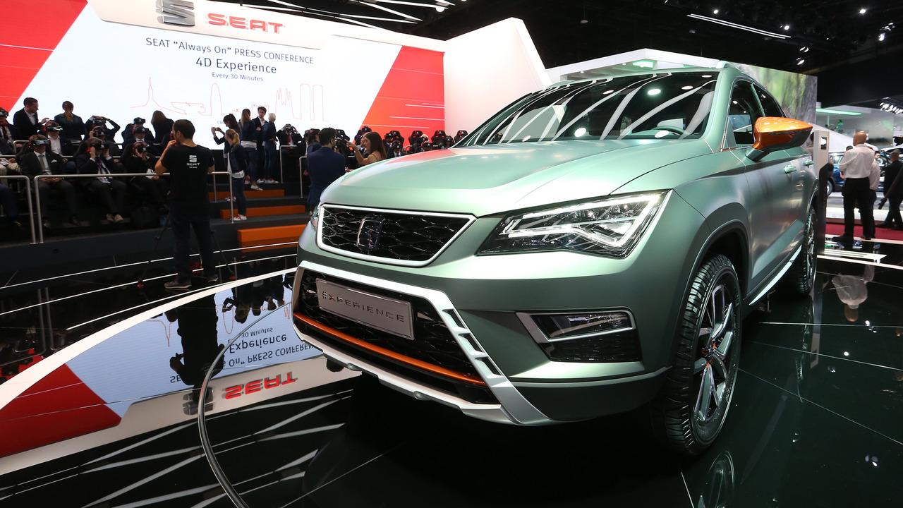 Seat ateca x perience exhibits its adventurous side in paris - Paris motor show ...