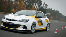 Opel Astra OPC Cup