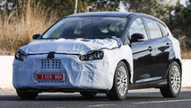 2014 Ford Focus facelift spy photo