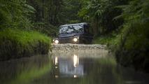 2013 Land Rover Defender 03.9.2012