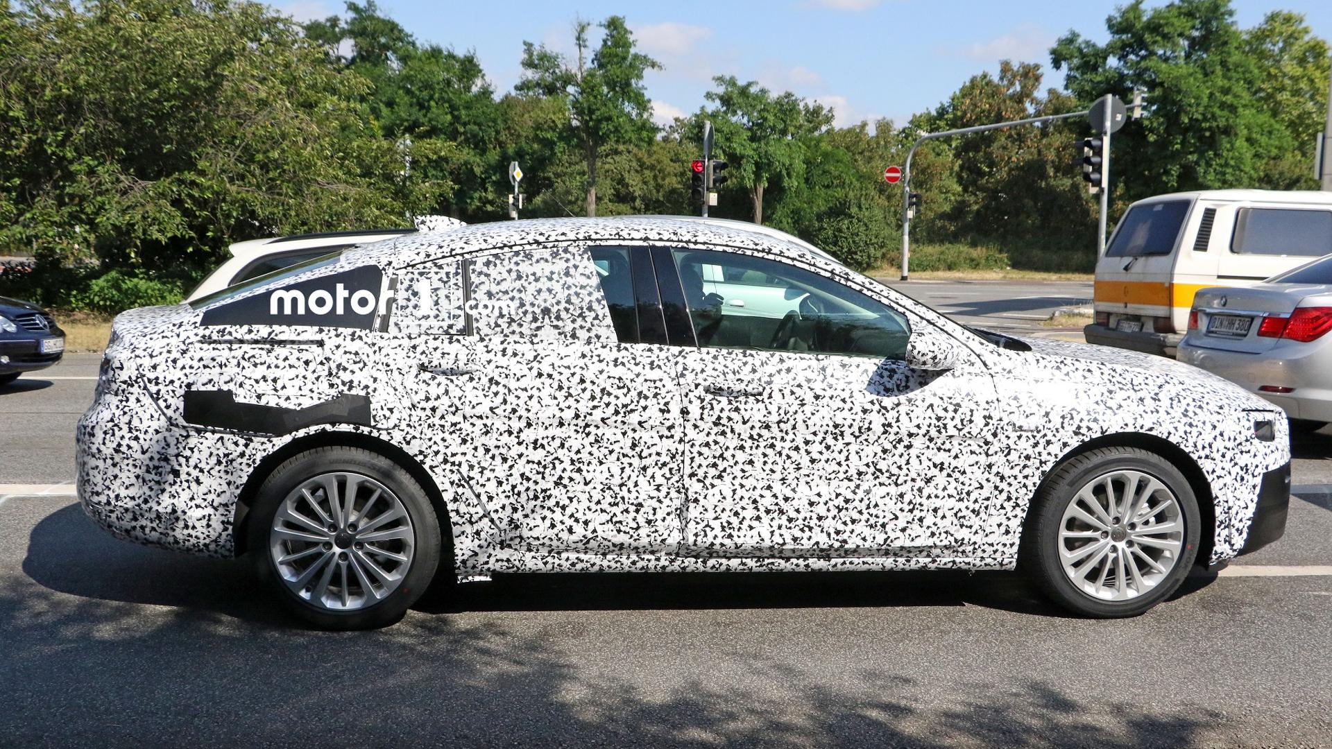 2017 Opel Insignia drops more camo in latest spy photos