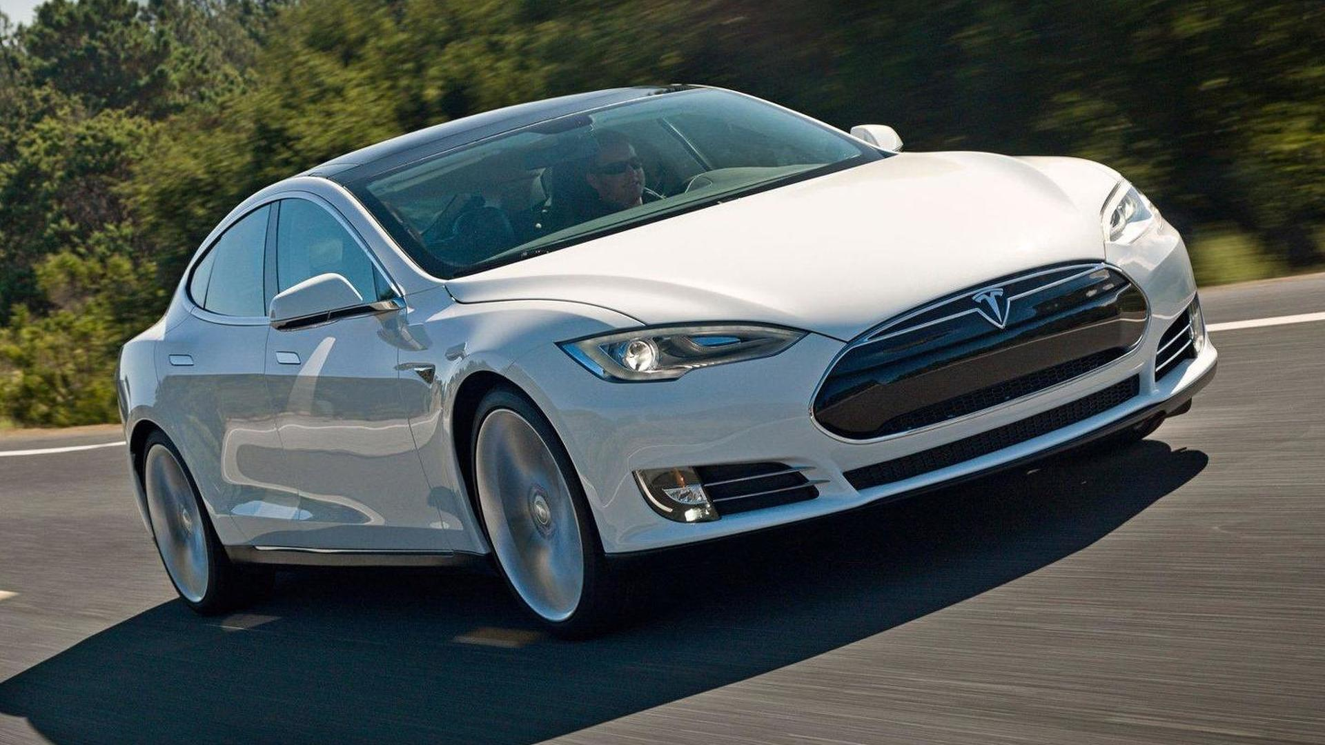 Tesla introduces a new lease program for the Model S