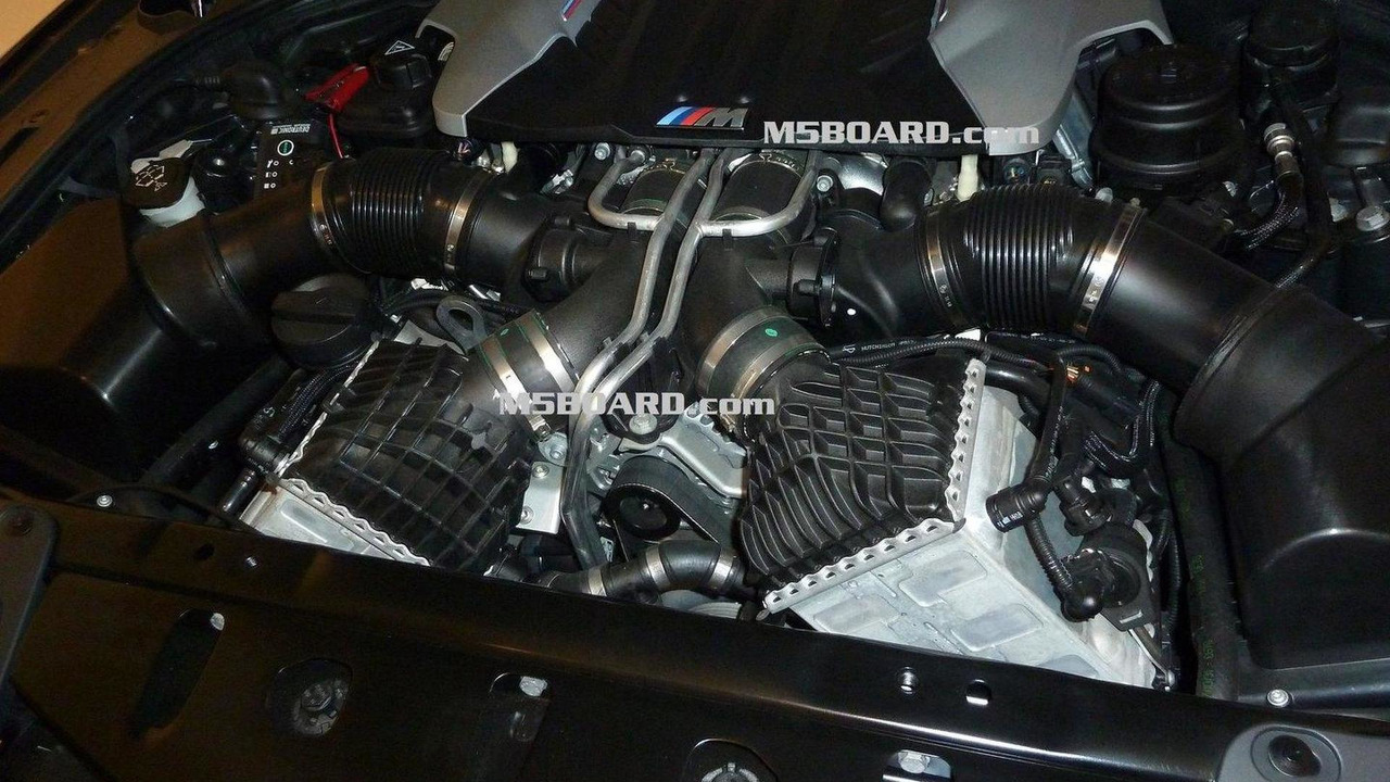 BMW F10 M5 4.4 liter V8 unit by M5board.com 18.05.2011