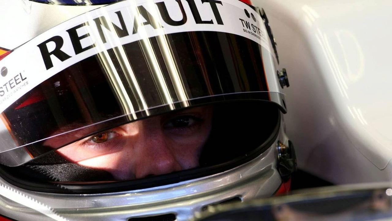 Bertrand Baguette (BEL) Tests for the Renault F1 Team- Formula 1 Testing, Jerez