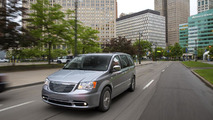Chrysler Town & Country 30th Anniversary Edition 04.04.2013