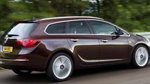 Opel / Vauxhall Astra range updated